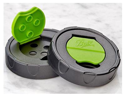 Ball 1440010747 Regular Shaker Lids 2 Pack