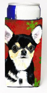 Carolines Treasures SC9439MUK Chihuahua Red & Green Snowflakes Holiday Christmas Michelob Ultra s For Slim Cans - 12 oz.