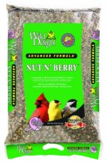 D&D Commodities Wild Delight Nut N Berry Wild Bird Food 20 Pound 366200