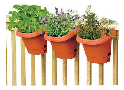 Fiskars 482121-1001 Clay Hanging Garden System