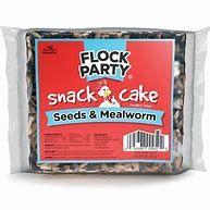 2303113 6 oz Manna Pro Seeds & Mealworm Snack Cake